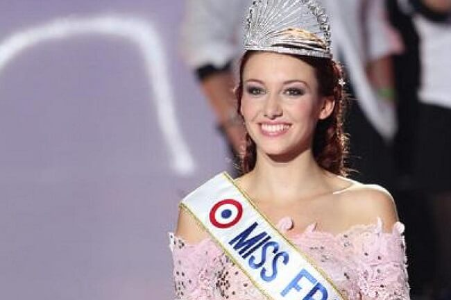 Delphine Wespiser Miss France 2012